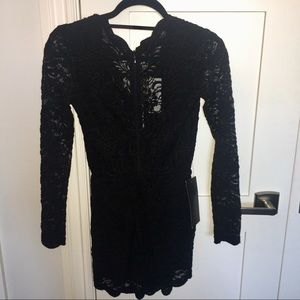 bebe Other - Bebe NWT Black Scallop Lace Romper 😍🖤